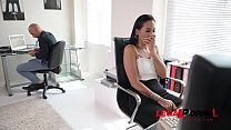 Incredibly hot Andreina De Luxe lets coworker p...