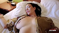 Kitten Latenight in Limp Resting Step Mom Has Huge Tits