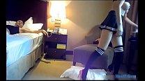 Chơi con gẹ chân dài trong khách sạn preview image