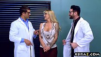 Big Curves Milf Patient Double Penetrated By Two Doctors