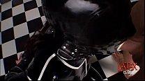 Blowjob in latex with massive facial Vorschaubild