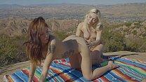 She Seduced Me: Nature Lesbians 03 - Isabel Moon & Chloe Temple