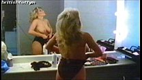 Download video bokep Samantha Fox Topless 3gp terbaru