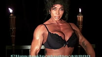 Latia Del Rivie ro's Peck Flex Teddy Crush lex Teddy Crush
