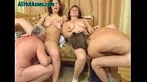 Mother and Daughter get fucked Foursome Vorschaubild