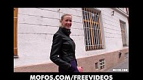 Blonde girl with big-tits is picked up & paid for anonymous sex Vorschaubild