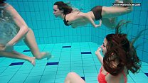 Swimming women video nackt