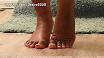 Bathroom sex with pretty feet