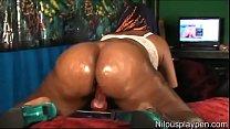 Hot Dildo Riding & Spitting : Nilou Achtland