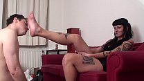 Young Femdom Foot Worship