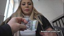 Banging broke bigtit amateur on video