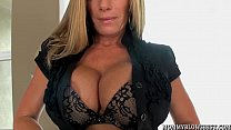 Porn star Kristal Summers drinks her oral creampie