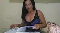 Vendedora de planos leva trote de punheteiro tarado. .veja mais em xv red. .