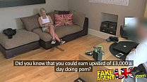 FakeAgentUK British Blonde MILF devours cock for cash Vorschaubild