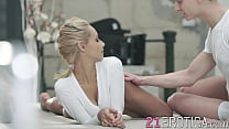 Cute teenie shows her guy how flexible she is while fucking