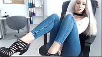 Beautiful blonde teen in jeans from chaturbate