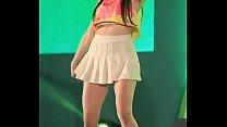 公众号【福利报社】韩国女团BAMBINO超短百褶裙诱惑热舞