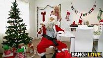 Janna Hicks, Liv Wild In Santa is Cuming to Town thumbnail