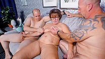 REIFE SWINGER - Chubby German granny sucks and ...