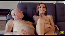 DADDY4K. Red-haired babe doesnt mind having an affair with BFs dad
