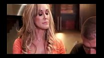 Mature Brandi Love distract her stepson's Thumb