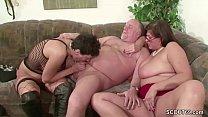 German MILF and Mature fuck with old man in Threesome Vorschaubild