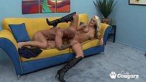 (X desi mobi) Sexy Briana Blair Gives A World Class Titjob thumbnail