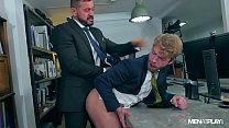 SUITED GABRIEL PHOENIX FUCKED BY THOMAS THUNDER ON HIS BUSINESS TRIP IN SPAIN