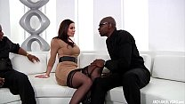 Busty MILF Kendra Lust interracial threeway
