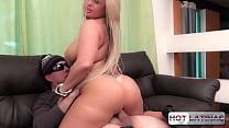 Blonde bitch likes anal - Cibelle Mancinni - Fr...