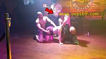 Sexy milf suck male strippers