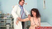 Unshaven pussy extreme Karla visits a doc Vorschaubild