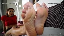 Veronica Leal - Footjob Gambler Punishment