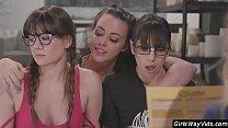 Sexy nerdy girls lesbian orgy