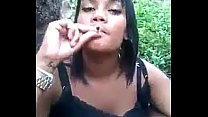 Bro deceives sister smoke weed and ducked in th...