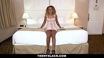 TeenyBlack - Gorgeous Ebony Teen Gets A Deep Dicking Vorschaubild