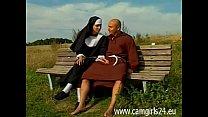 Junge geile Nonne Diana auf Parkbank gefickt - www.camgirl24.eu pornhub video