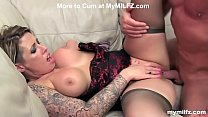 Lonely Milf find Confort