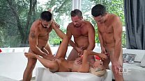 Hot French Wife get's Triple penetrated And Cums like Crazy! Vorschaubild