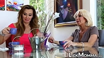 Download video bokep Naughty stepmom feasts on blond pussy and sciss... 3gp terbaru