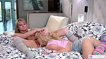 Slutty step sister wants attention! - Scarlett Sage and Kenzie Reeves