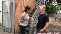 Deutsche Freundin mit dickem großem Arsch fickt den freund