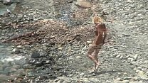 Special vids of beautiful young nudist girls naked in the sea Vorschaubild