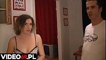 Polskie porno - Mamuśka obciąga pod prysznicem thumbnail