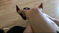 Leyl@ Shoe And Foot Worship Pov