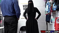 Muslim teen thief Delilah Day exposed and exploited after stealing
