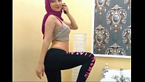 Image: Sexy Arab muslim Hijab girl dancing on cam - See more at EliteArabCams.com