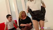 Chubby MILF has a threesome with Ainara and Jordi 'cause she wants to feel young again Vorschaubild