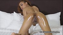 Oiled ebony spinner sucks dick