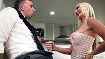 dirty milf tylo durran needs rough sex - chat u bate thumbnail